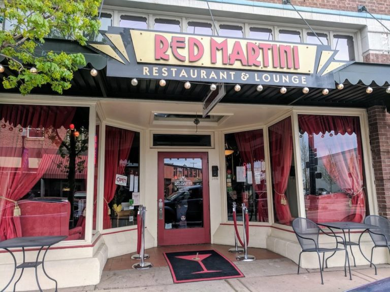 Central Oregon Recommendations: Red Martini Restaurant & Lounge