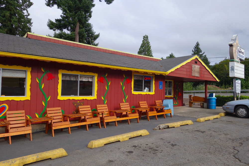 Gingerbread House restaurant - Central Oregon Road Trip Stops