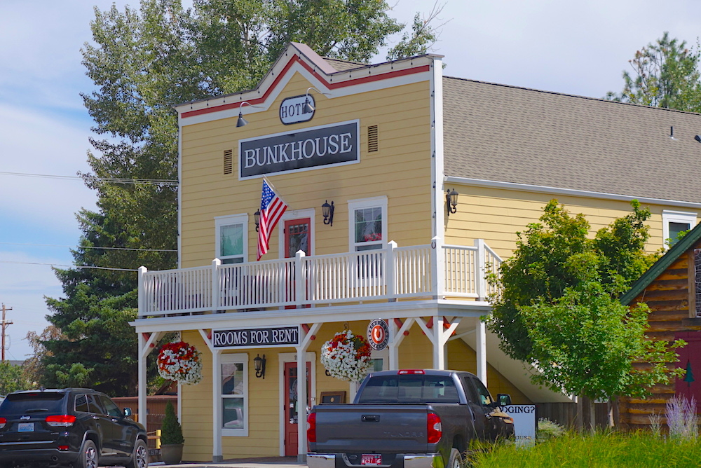 Sisters Hotels Oregon: Sisters Bunkhouse